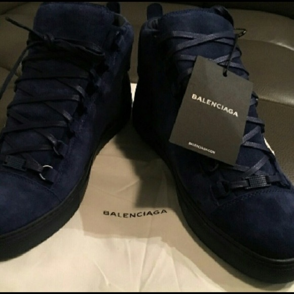 on wholesale buying now buy popular Balenciaga Designer shoes NWT