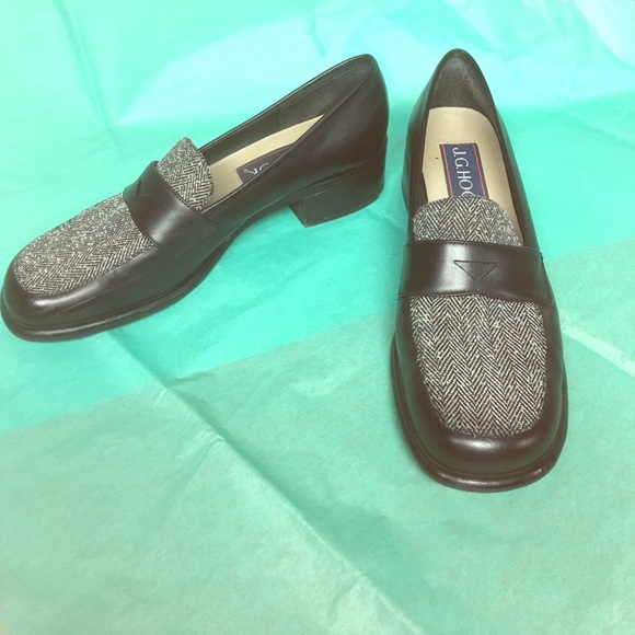 4d7cf4ba821 Women s Comfy Loafers. Size 9