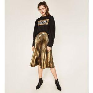 Zara Pleated Midi Skirt - Gold.