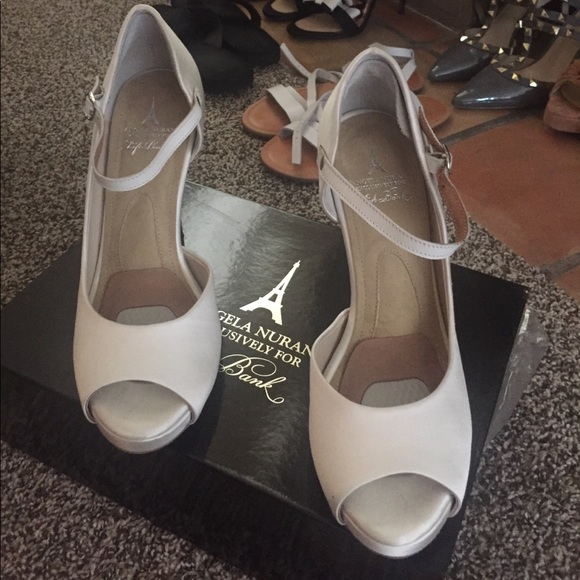 a7fc6871cf4 angela nuran Shoes - Angela Nuran White Silk Wedding Heels