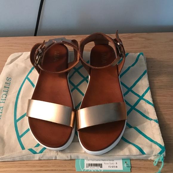 691318d019c7 MIA Ellen Faux Leather Platform Sandal