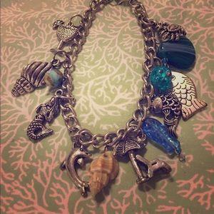 Jewelry - 🔥Moving Sale🔥 Fun, Sea-inspired bracelet