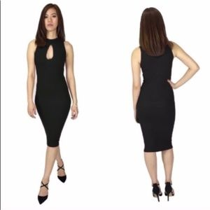 SALE! BLACK Creo Midi long ribbed keyhole dress