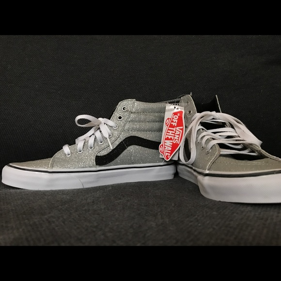 eae54497455c9c BRAND NEW Silver Hightop Vans   Shiny