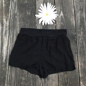 la hearts beach shorts
