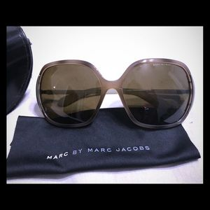 Marc By Marc Jacobs sunglasses! 😎
