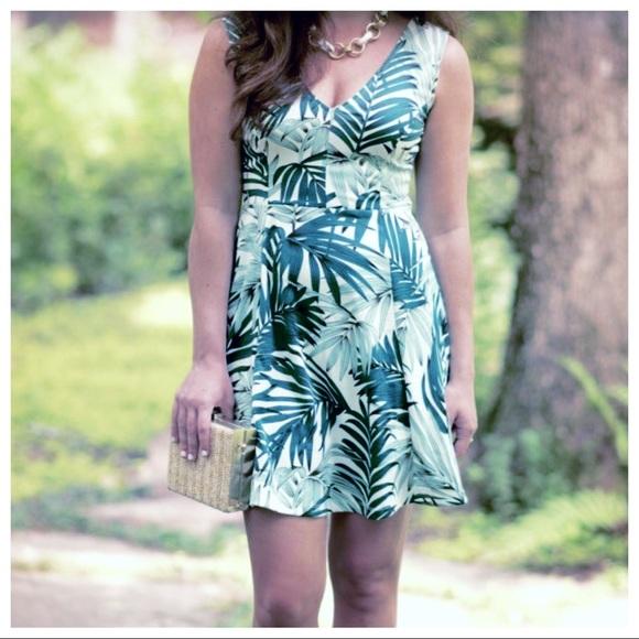H&M Dresses & Skirts - H&M Tropical Dress