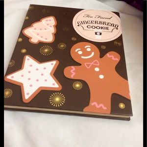 Gingerbread palette