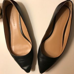 Banana Republic Black Leather Pointed flats