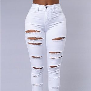 Denim - White jeans/high wasted