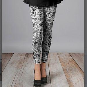 Pants - 🔶️JUST IN🔶️ PLUS & MISS Lacy Soft Silky Leggings