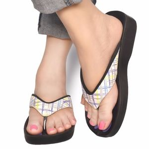 Classic and Sleek Sandals For Women by Aerosoft®
