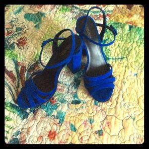 Zara Sexy Blue Suede Pumps