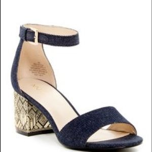 Blk and gold sandal