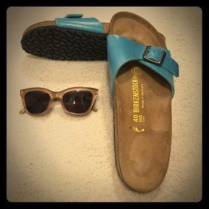 Adorable Blue Birk Sandals!💙