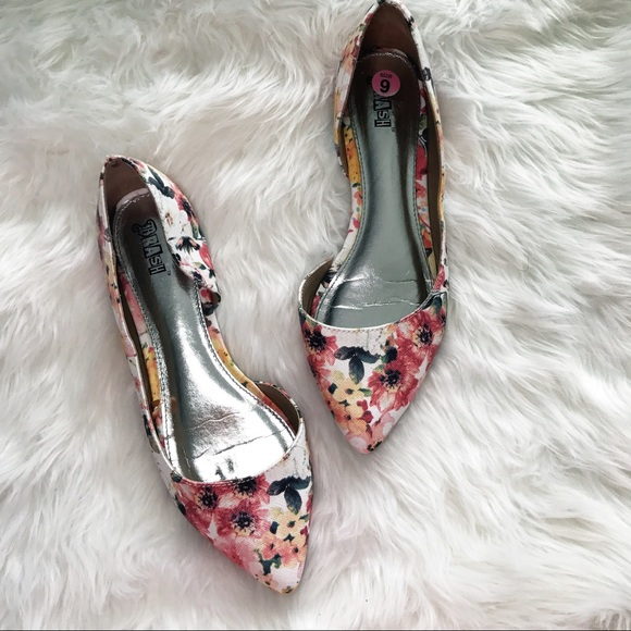Brash Shoes | Brash Floral Flats | Poshmark