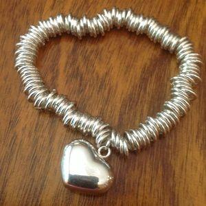 Silver stretch bracelet with heart