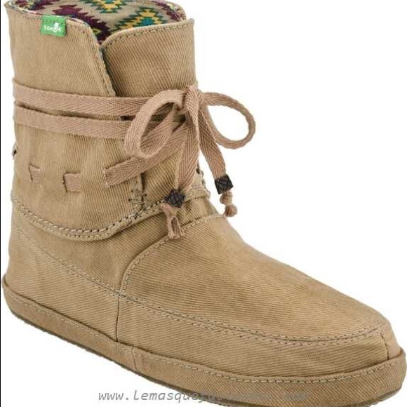 9dfa22c4a966 Sanuk Soulshine Sally Boot Size 9. M 59761bf84127d05ea807b0d9
