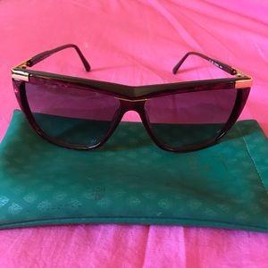 Vintage 100% authentic Gucci sunglasses!