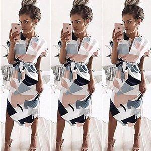 Dresses & Skirts - The darebot dress 💕