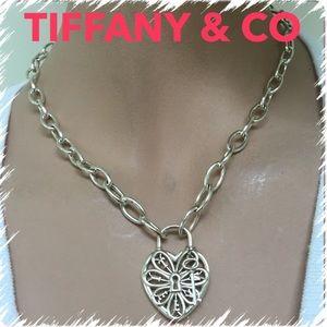 🔴AUTHENTIC,RARE, UNIQUE Tiffany&Co Filigree Neckl