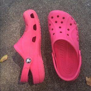 bright pink crocs