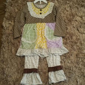 Other - Multi print girls outfit sz 4