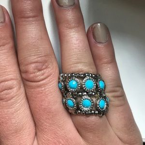 Stretchy silver turquoise ring