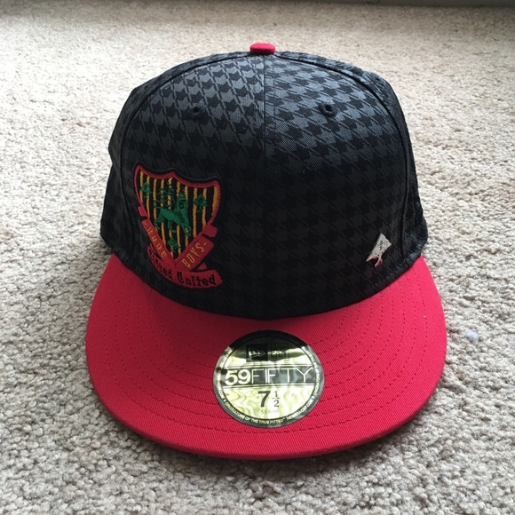 6898866ab39 NWT Lifted Research Group LRG Rare hat
