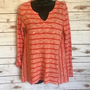 Anthropologie post mark top! Great condition!