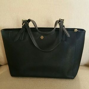 Black Tory Burch Small Bucket Tote