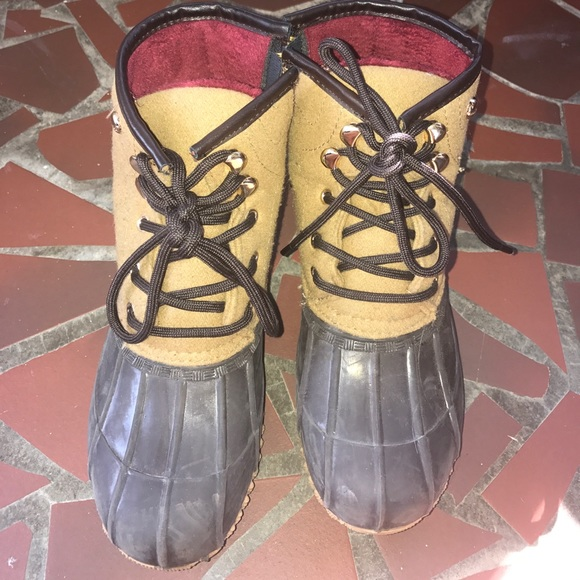 Tommy Hilfiger Shoes   Bean Boots