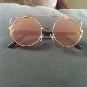 Rose Gold Circular Sunnies