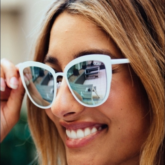 fc12358b91519 Quay Australia supergirl sunglasses. M 5976641a2fd0b7d8cc008070. Other  Accessories ...