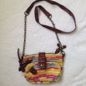 Handbags - Crossbody bag with Aztec pattern