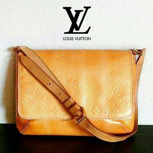 💲589✂Louis Vuitton Orange Vernis Thompson Street