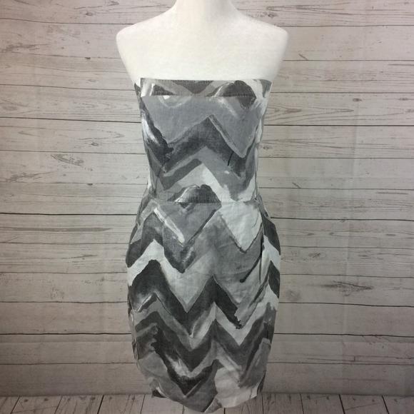 53ad1ceb78 Banana Republic Dresses   Skirts - BANANA REPUBLIC Size 10 Linen Chevron  Dress