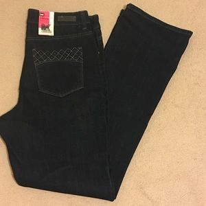NWT LEE Classic Fit Bootcut
