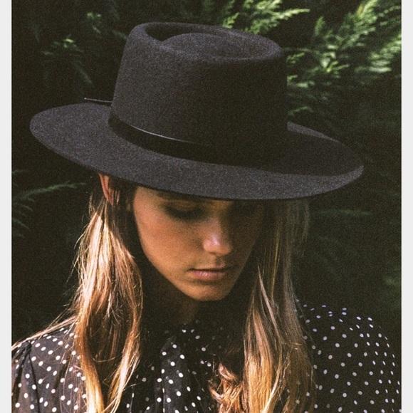 68596a75e Lack of color velveteen hat - black