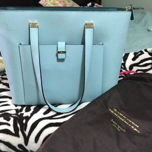 Kate spade tote! Want it get it!!