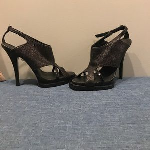 Givenchy Size 39 heels 