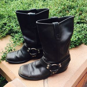 Other - Mens Leather boots