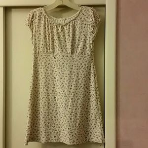 Discontinued  American  Girl  dress for girls