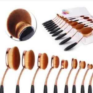 Other - New 10pcs Oval Makeup Brushes Set