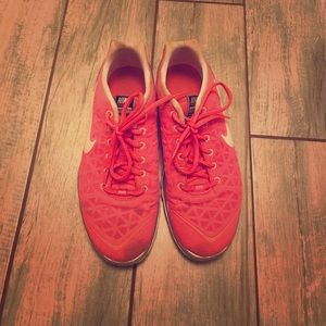 Nike Free Fit 2 pink cross trainers