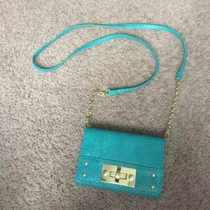 Handbags - NWOT Crossbody for iPhone 6/6S