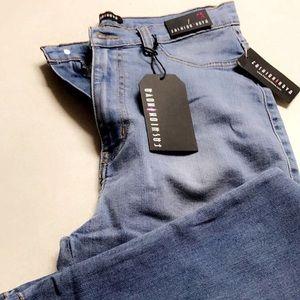 Classic High Waist skinny jeans.