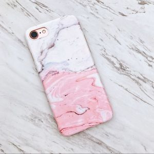 White and pink bathbomb iphone 7 case