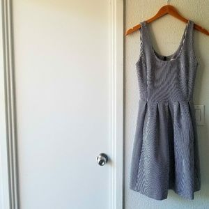 banana republic • pointe fit and flare dress