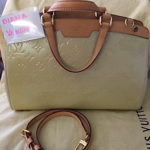 Louis Vuitton Bags   Vernis Brea Blanc Corail   Poshmark 0f42cb6a4a1
